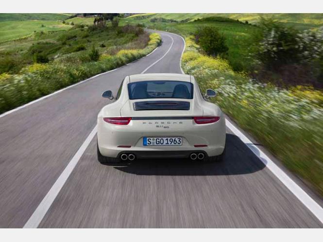 Porsche раскрыл юбилейный 911 50th A…