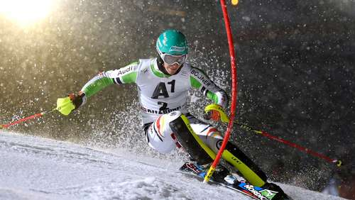Olympia: Neureuther stapelt tief