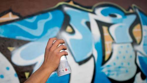 Graffiti-Sprayer machen Traunstein unsicher