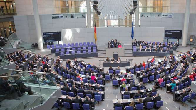 Bundestag_Internet_dpa