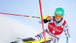 Neureuther beim Slalom in Åre Zweiter
