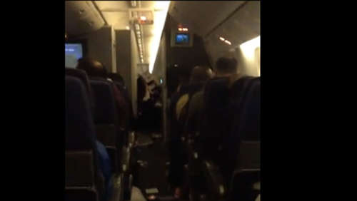 Video: Horror an Bord einer Boeing 777