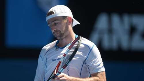 Becker in Australien raus - Djokovic locker weiter