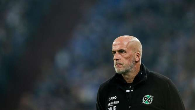 Hannover Trainer Michael Frontzeck