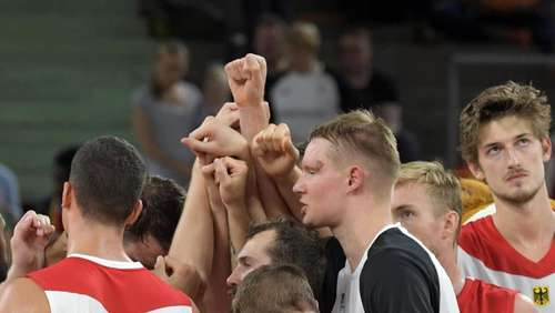 EM-Quali-Start in Kiel: Deutsche Basketballer legen los