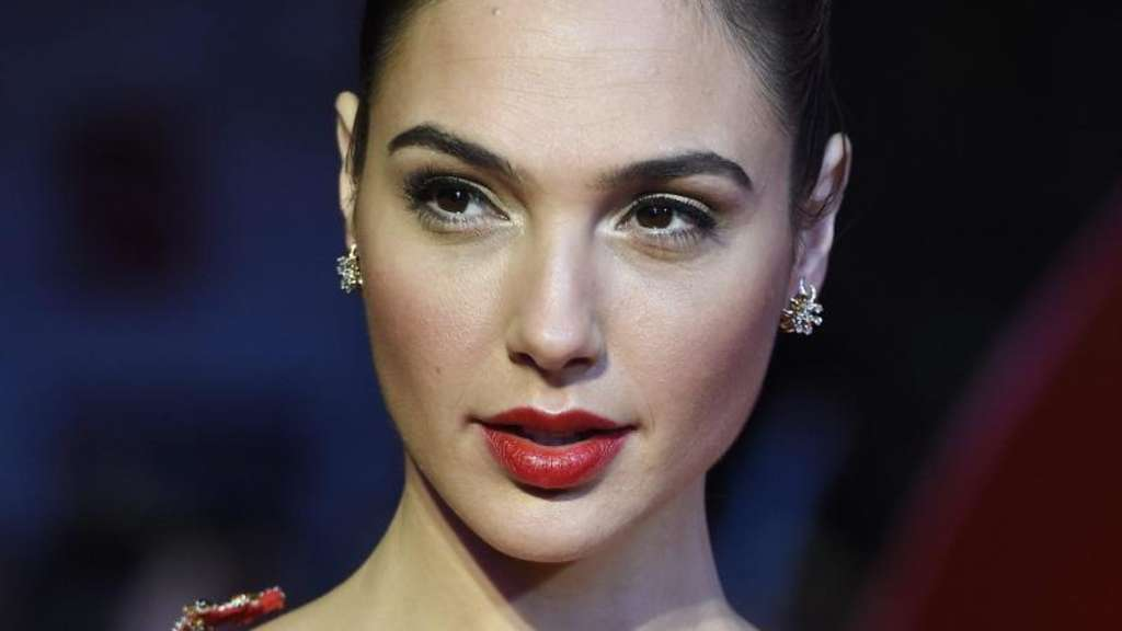 "Gal Gadot bei der Europa-Premiere des Films ""Batman v Superman: Dawn of Justice' in London. Foto: Facundo Arrizabalaga"