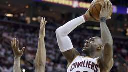 Cleveland startet mit knappem Sieg in NBA-Playoffs