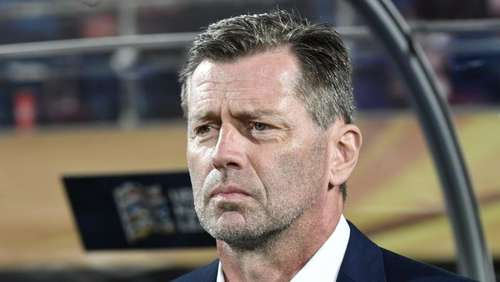 Skibbe als Nationalcoach in Griechenland beurlaubt