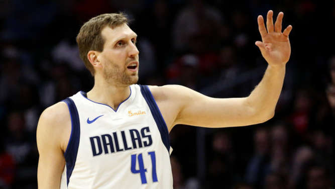 Basketball: Los Angeles Clippers - Dallas Mavericks