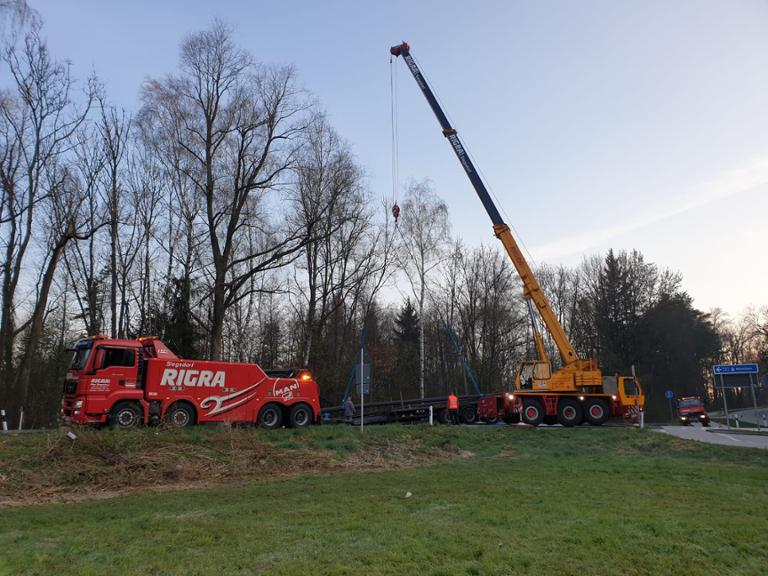 Fotos zum Lkw-Unfall auf der B21 bei Schwarzbach | Bad ...