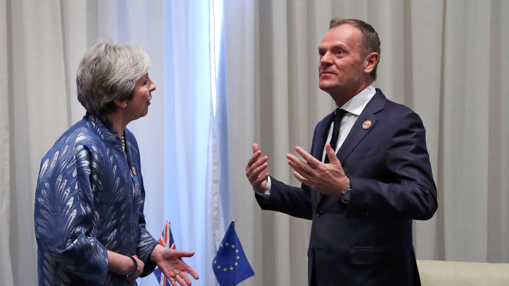 Tusk trifft May.